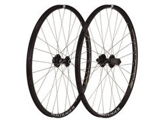BONTRAGER Rhythm Comp Tubeless Ready Front Wheel